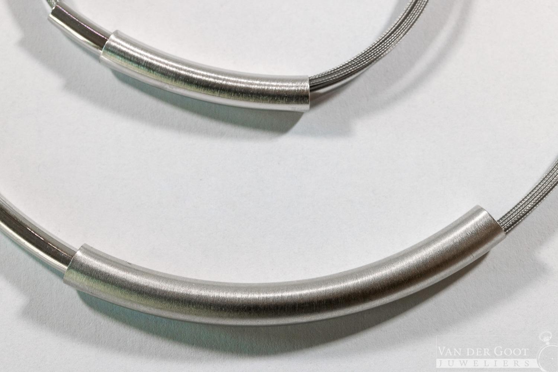 Yo design set zilver, T1066 Image  Collier - €129,-  Armband - €99,-