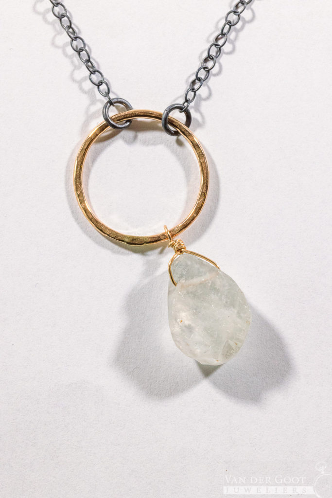No. 335 Jeh Collier zilver oxy + Goldfilled / Kwarts  70 cm  €109,-